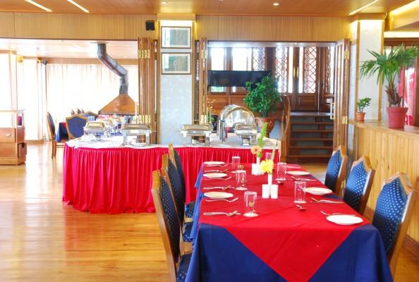 Cedar Inn Restaurant 3